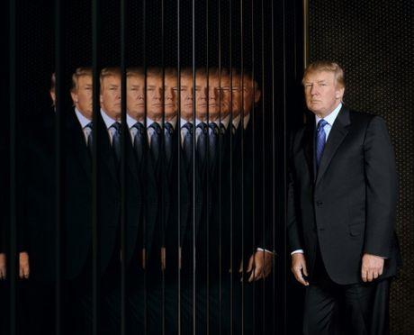 Cau chuyen dang sau nhung buc anh bieu tuong cua Donald Trump - Anh 7