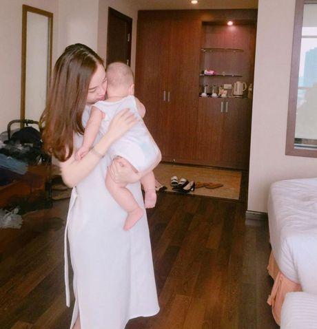 Ai bao lam single mom thi khong the hanh phuc, hay nhin 4 hotgirl ban linh nay! - Anh 27