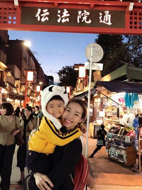 Ai bao lam single mom thi khong the hanh phuc, hay nhin 4 hotgirl ban linh nay! - Anh 5