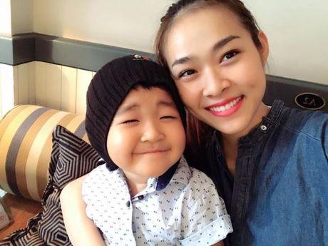 Ai bao lam single mom thi khong the hanh phuc, hay nhin 4 hotgirl ban linh nay! - Anh 9