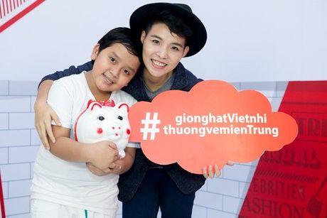 Thang - Nhi, Noo Phuoc Thinh, Vu Cat Tuong chung tay cung hoc tro 'Thuong ve mien Trung' - Anh 4