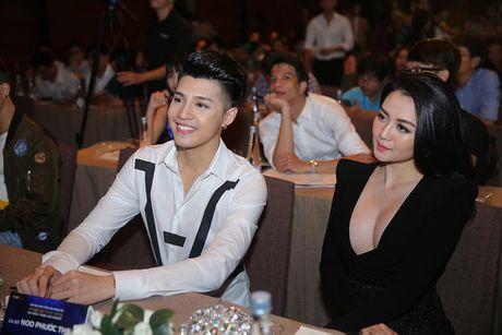Noo Phuoc Thinh cung Ha Ho, Dong Nhi hua hen bung no trong Dai nhac hoi Funring Day - Anh 2