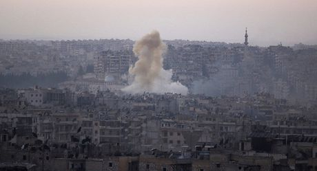 Quan doi Nga va Syria se 'don sach' khung bo khoi Aleppo sau ngung ban - Anh 1