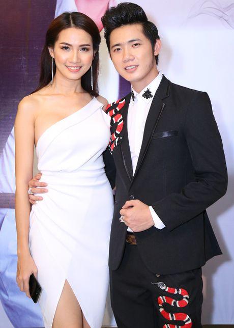 Ngoc Son pha le, den chuc mung em ket nghia cua Hoai Linh - Anh 2