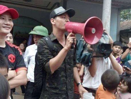 Tien si Tran Dang Tuan: Phan Anh la mot hien tuong tu thien dang mung! - Anh 3