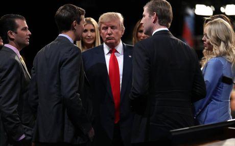 Lieu Trump se chap nhan ket qua bau cu neu thua cuoc? - Anh 2
