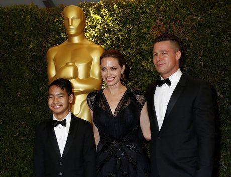 Con trai lon Maddox khong muon gap lai Brad Pitt - Anh 2