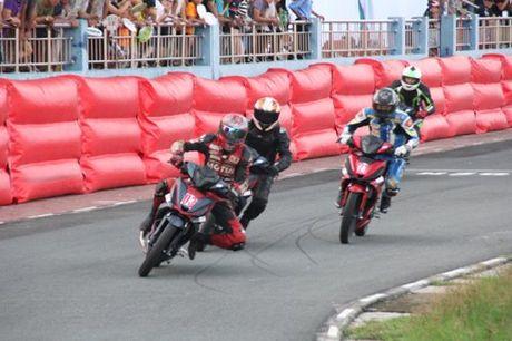 Motul 'tiep lua' hang muc dua Honda Winner 150cc - Anh 1