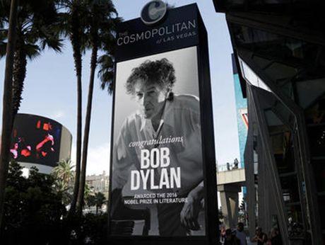 Giai Nobel Van hoc 2016: Dieu gi xay ra neu Bob Dylan van... lang im? - Anh 2