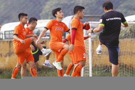 Tuyen Viet Nam thang doi hinh hai FC Seoul 3-0 - Anh 3