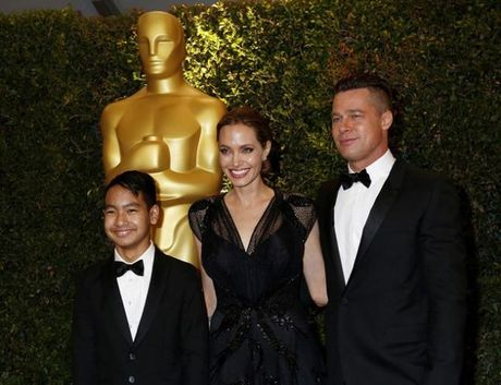 Con trai ca nhat quyet khong chiu gap Brad Pitt - Anh 2