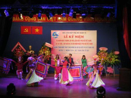 Quan 10: Chao mung thanh cong Dai hoi Dai bieu Phu nu TP - Anh 1