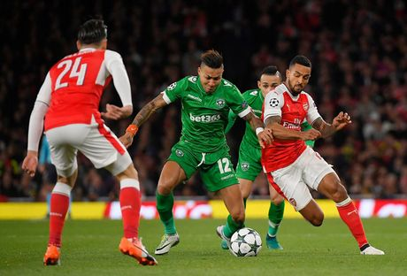 Toan canh chien thang 'huy diet' cua Arsenal truoc Ludogorets - Anh 1