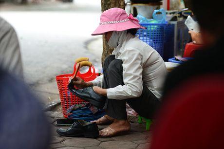 Chum anh: Nhung phu nu phai lam cong viec vat va cua dan ong - Anh 7
