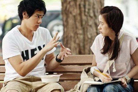 'Be phong' giup nam than ngon tinh tro thanh doi thu Thanh Long - Anh 9