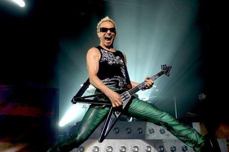 Still Loving You– Ban rock that tinh hay nhat cua Scorpions - Anh 3