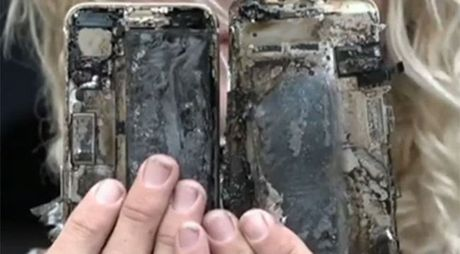 HOT: iPhone 7 phat no, xe o to bi chay - Anh 1