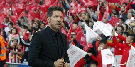 Bo quyen khang cao Atletico Madrid bi cam chuyen nhuong tu thang gieng - Anh 1