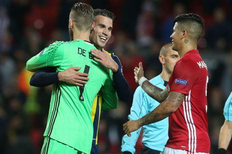 5 diem nhan sau tran Man United 4-1 Fenerbahce: Gia tri cua Pogba, Van Persie dang duoc yeu men - Anh 2