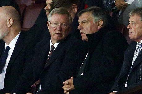 Chum anh: Pogba - Lingard thang hoa, Man Utd vui dap Fenerbahce tai Old Trafford - Anh 13
