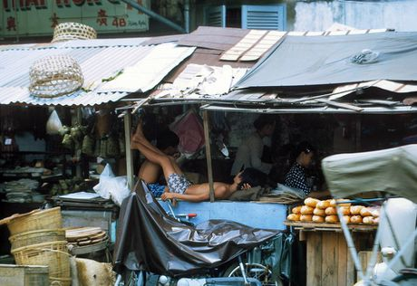 Sai Gon nam 1969 trong anh mau cua cuu binh My (1) - Anh 14
