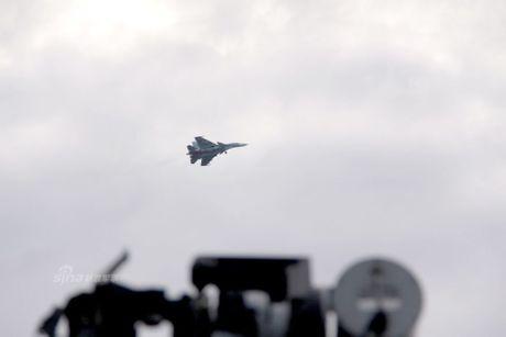 Nhom tau chien Nga hung ho toi Syria, NATO 'run ray' - Anh 4