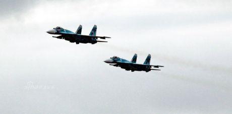 Nhom tau chien Nga hung ho toi Syria, NATO 'run ray' - Anh 7