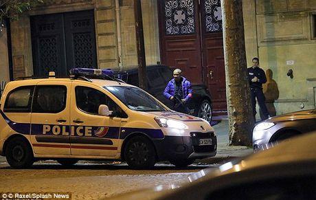 Cong bo video vu Kim Kardashian bi cuop nu trang o Paris - Anh 4
