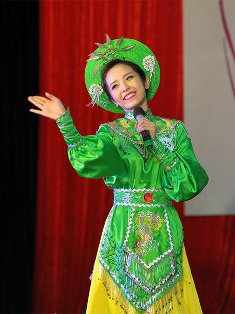 Tai sac Hoa khoi dau tien cua Hoc vien Phu nu Viet Nam - Anh 3
