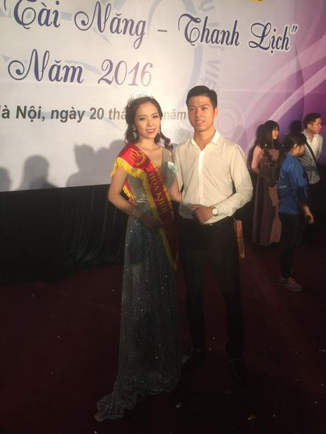Tai sac Hoa khoi dau tien cua Hoc vien Phu nu Viet Nam - Anh 4