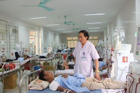 Viet ve bac sy Nguyen Viet Dong, GD Benh vien Da khoa Ha Tinh: Bai 2: Coi trong dau tu trang thiet bi va chat luong toan dien - Anh 1