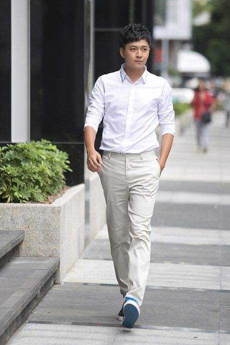 Ngo Kien Huy nang dong dao pho Sai Gon - Anh 1