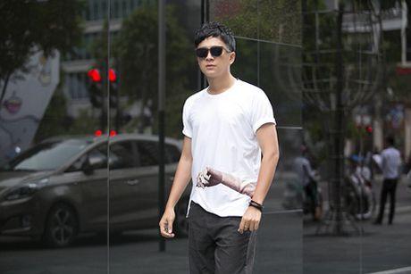 Ngo Kien Huy nang dong dao pho Sai Gon - Anh 6