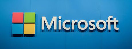 Microsoft Q1/17: loi 4,7 ti USD, dam may tang 116%, Surface tang 38%, dien thoai giam 72% - Anh 1