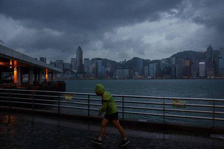Bao Haima quet qua Hong Kong (Trung Quoc) - Anh 1