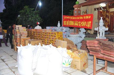 Cuc CSGT chia se voi dong bao vung ron lu Quang Binh - Anh 2