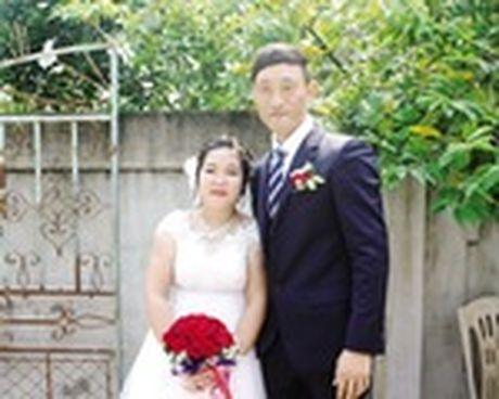 Chuyen tinh dep kho tin (21): Doi giay 250 nghin det nen hanh phuc co gai Viet - Anh 1