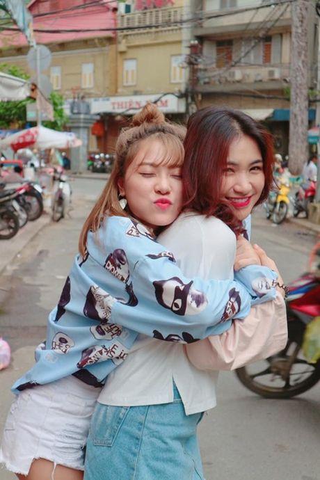 Sao Viet 21/10: Minh Hang duoc tang hoa cao bang nguoi, Thu Thao lung tran mong manh - Anh 5