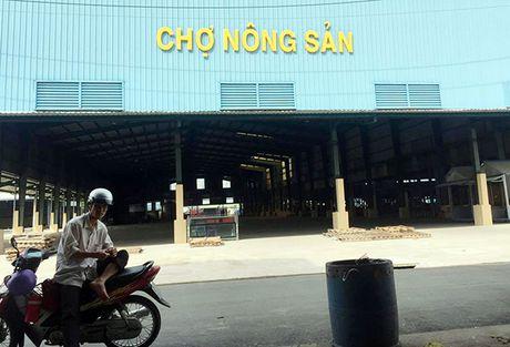 Tieu thuong kinh doanh nong san tai cho cu Long Xuyen chi duoc ban le - Anh 2