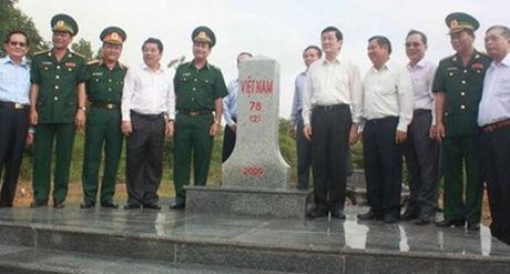 Som hoan tat phan gioi, cam moc bien gioi Viet Nam-Campuchia - Anh 1