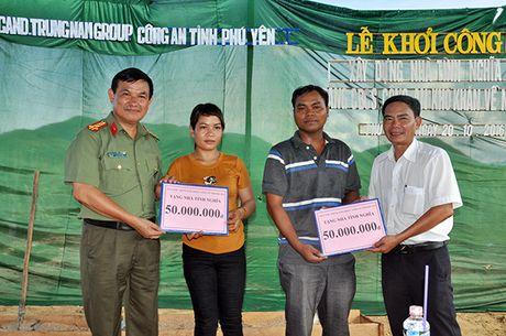 Ho tro xay 4 can nha tinh nghia cho CBCS Cong an Phu Yen va Binh Dinh - Anh 1