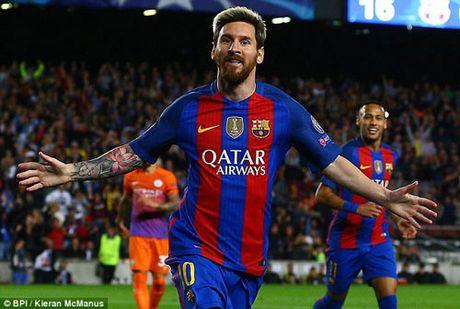 Khong thang duoc Barca, Man City moi chao Messi - Anh 2