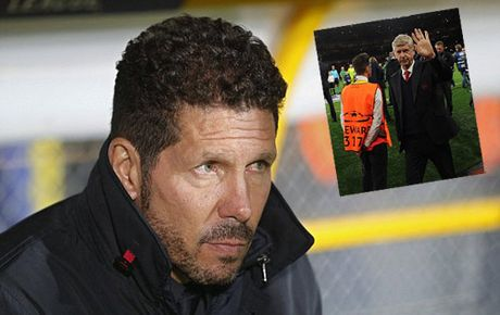 Simeone me Premier League, co the thay Wenger o Arsenal - Anh 1