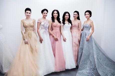 Hoa hau Do My Linh lam co dau long lay - Anh 12