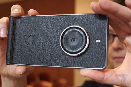 Kodak Ektra: Smartphone lai may anh, camera chong rung 6 truc - Anh 1