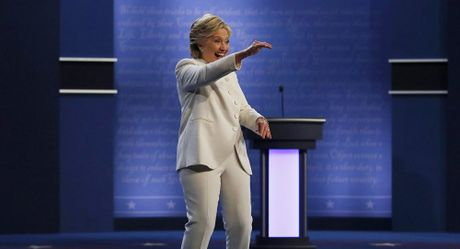 Ba Clinton da tiet lo bi mat ve tiem nang hat nhan cua My - Anh 1