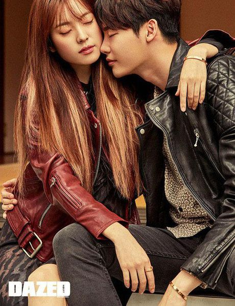 Lee Jong Suk va Han Hyo Joo cua 'W - Hai the gioi' qua tinh tu tren tap chi - Anh 5