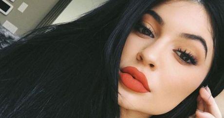 15 buoc make up va …bien thanh Kylie Jenner! - Anh 1