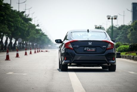Honda Civic 2017: An tuong voi dong co tang ap 1.5L VTEC TURBO - Anh 2