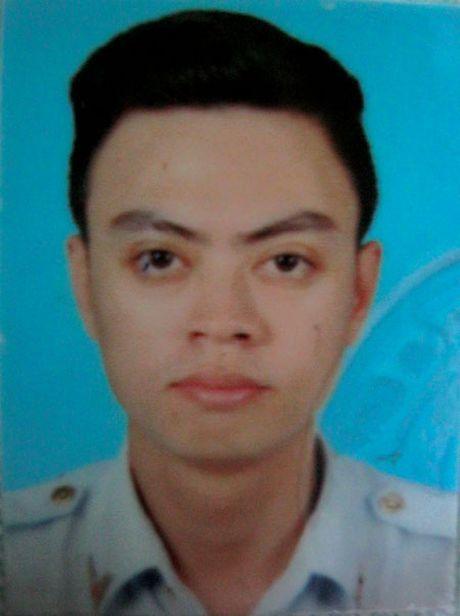 9x mao danh can bo Thanh tra Chinh phu di lua dao hang tram trieu dong - Anh 1